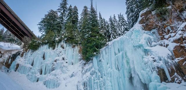 6.jpg - 瀑布被冰凍了