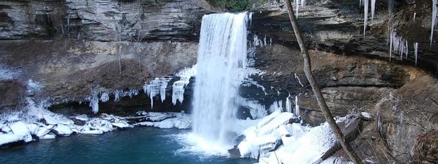 5.jpg - 瀑布被冰凍了