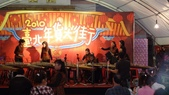 大安社大古箏班:2010-2-11-迪化街表演準備工作-2.JPG