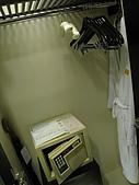 2009.10.01 香港四天三夜自由行 1Day:衣櫥&保險箱