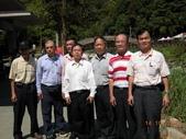 成功大學66級統計系同學:DSCN3907北埔冷泉的溫國殿等人.JPG