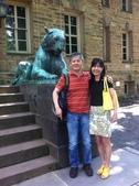 成功大學66級統計系同學:朱與董合攝於普林斯頓大學校園1020618.jpg