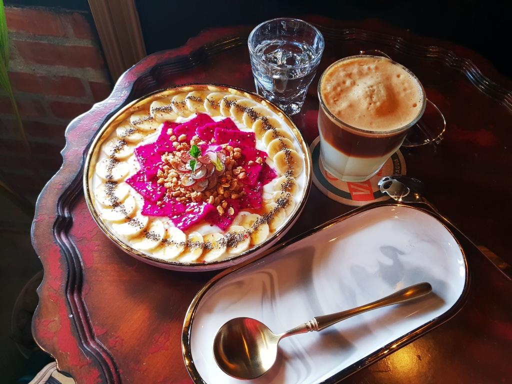 138781.jpg - 【花蓮.市區】下午茶推薦。Unconditonal Caffee無設限咖啡推新鮮水果優格盤&檸咖啡