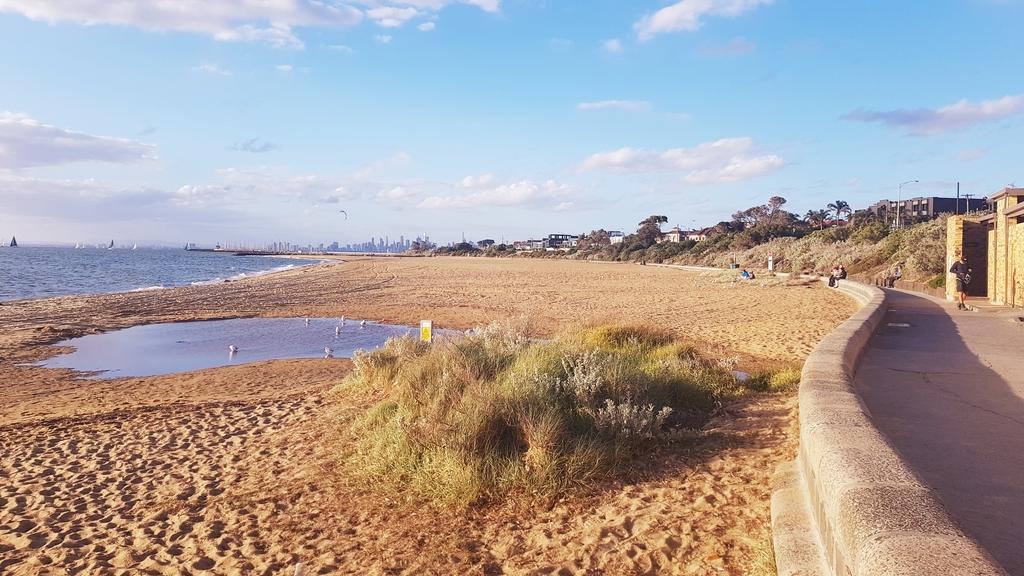 20190213_191726.jpg - 【澳洲.墨爾本】2019免費景點。Brighton Beach Bath Boxes 海邊彩色小屋
