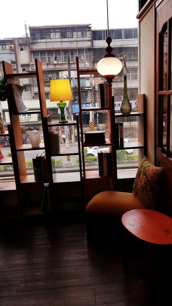 20190403_131102.jpg - 【新北.新店】捷運大坪林站。手工家具。原木工坊可以自己畫設計圖客製化顏色樣式。做自己的居家設計師