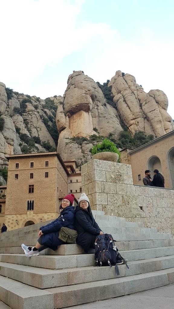 133483.jpg - 【西班牙】2020巴塞隆納近郊。開車一個小時蒙特塞拉特山修道院散散步