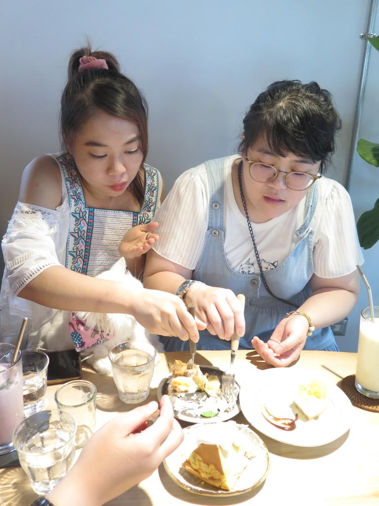 IMG_7920.JPG - 【花蓮】必吃甜點吉安慶修院旁。惦惦甜點推蘋果奶酥蛋糕&檸檬生乳酪蛋糕