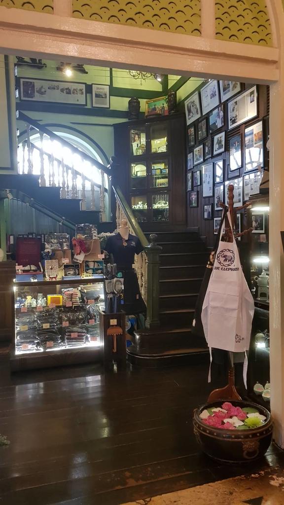 【曼谷】2019BTS Surasak站。米其林三星藍象泰式餐廳。午間套餐較超值:119058.jpg