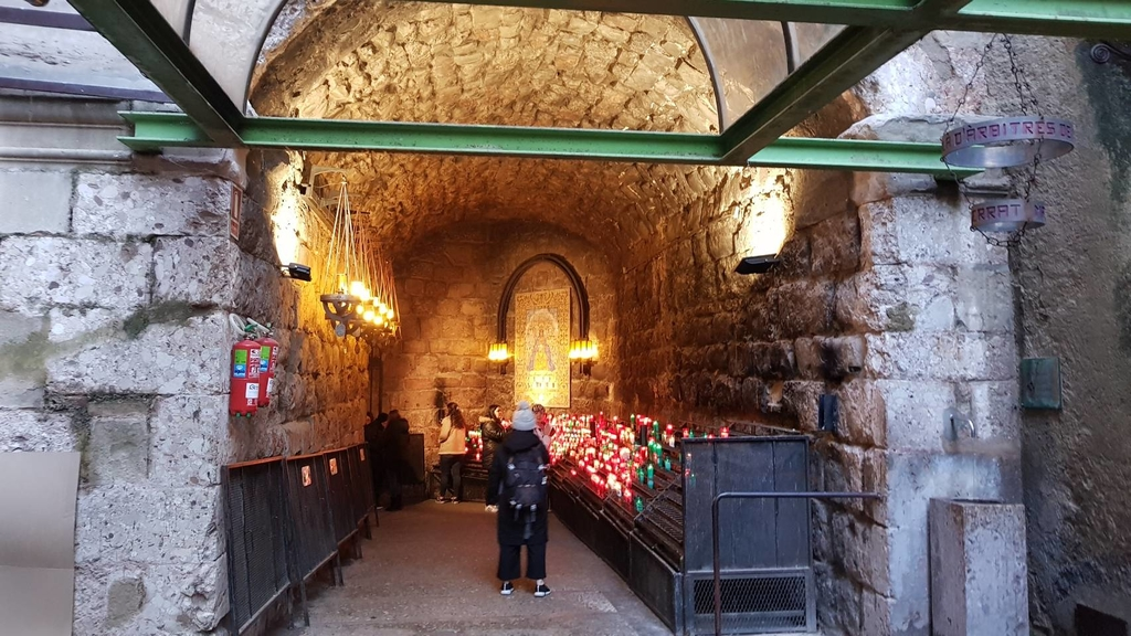 133491.jpg - 【西班牙】2020巴塞隆納近郊。開車一個小時蒙特塞拉特山修道院散散步