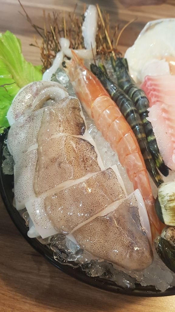 20191031_115613.jpg - 【中和.永和】瀧厚火鍋。平價高級肉專售店。超推濃醇香的蛤蠣爆爆鍋煮海鮮超美味