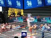 【曼谷】Rajadamnern Boxing Stadium泰國拳擊場。當地人觀看比賽級別戰鬥力超強:119092.jpg