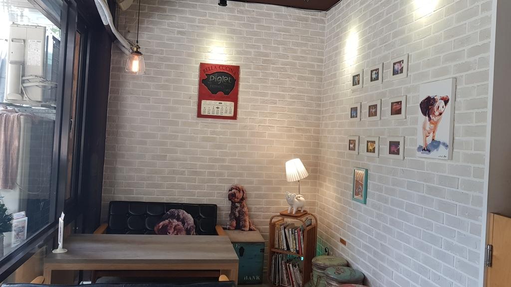 20180712_154503.jpg - 【台北.公館】彼克蕾咖啡義大利麵下午茶專賣店。寵物友善餐廳上牽繩可落地