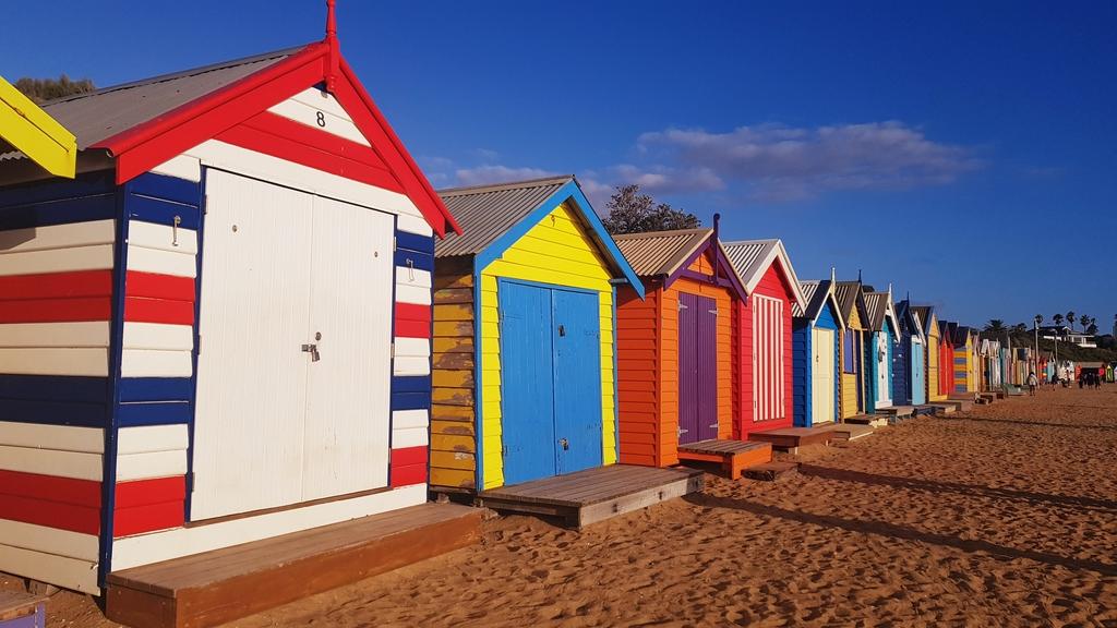 20190213_191900.jpg - 【澳洲.墨爾本】2019免費景點。Brighton Beach Bath Boxes 海邊彩色小屋