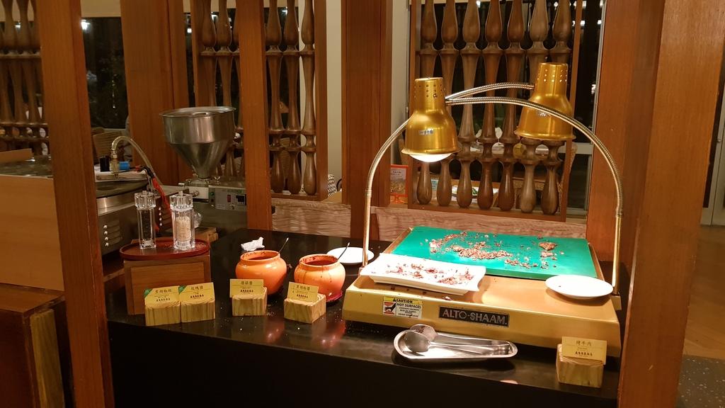 20180625_191306.jpg - 【台東.鹿野】鹿鳴溫泉酒店。房間寬敞全館都是碳酸氫鈉泉。六樓男女裸湯超舒適