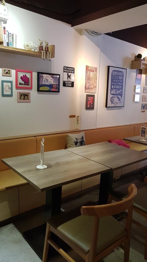20180712_154337.jpg - 【台北.公館】彼克蕾咖啡義大利麵下午茶專賣店。寵物友善餐廳上牽繩可落地