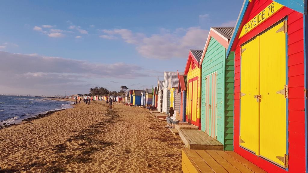 20190213_193537.jpg - 【澳洲.墨爾本】2019免費景點。Brighton Beach Bath Boxes 海邊彩色小屋