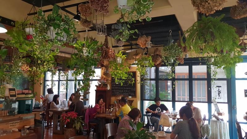142353.jpg - 【新竹.竹北】花院子早午餐+簡餐+咖啡+鬆餅。愉快的聚餐時光