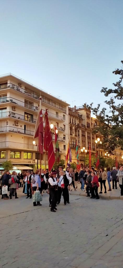 IMG20190121082528.jpg - 【西班牙.賽維亞】2020Sevilla西班牙廣場划10歐小船不限時間。假日觀賞佛朗明哥街頭藝人表演
