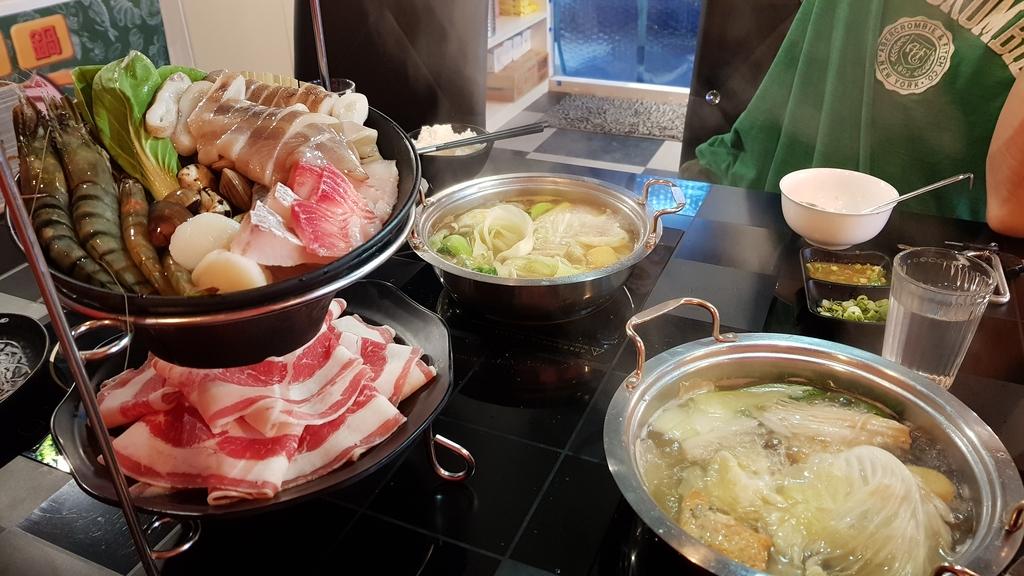20180601_114746.jpg - 【中和.永和】火鍋推薦。高湯鍋推雙人超值海陸套餐。素菇高湯&牛肉高湯超美味