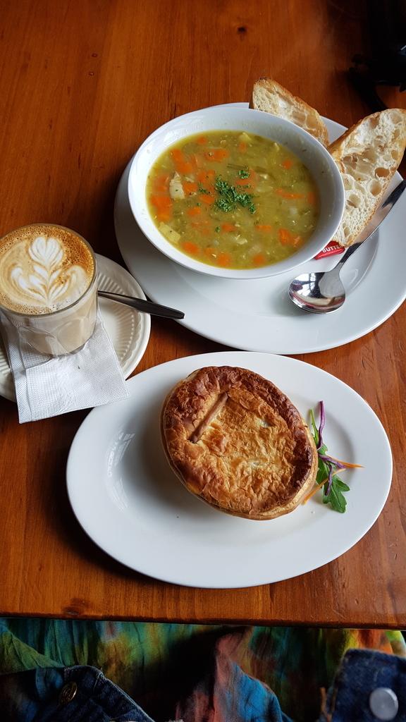20190213_143506.jpg - 【澳洲.墨爾本】2019下午茶推薦。Pie in the Ske咖啡&鹹派&甜點