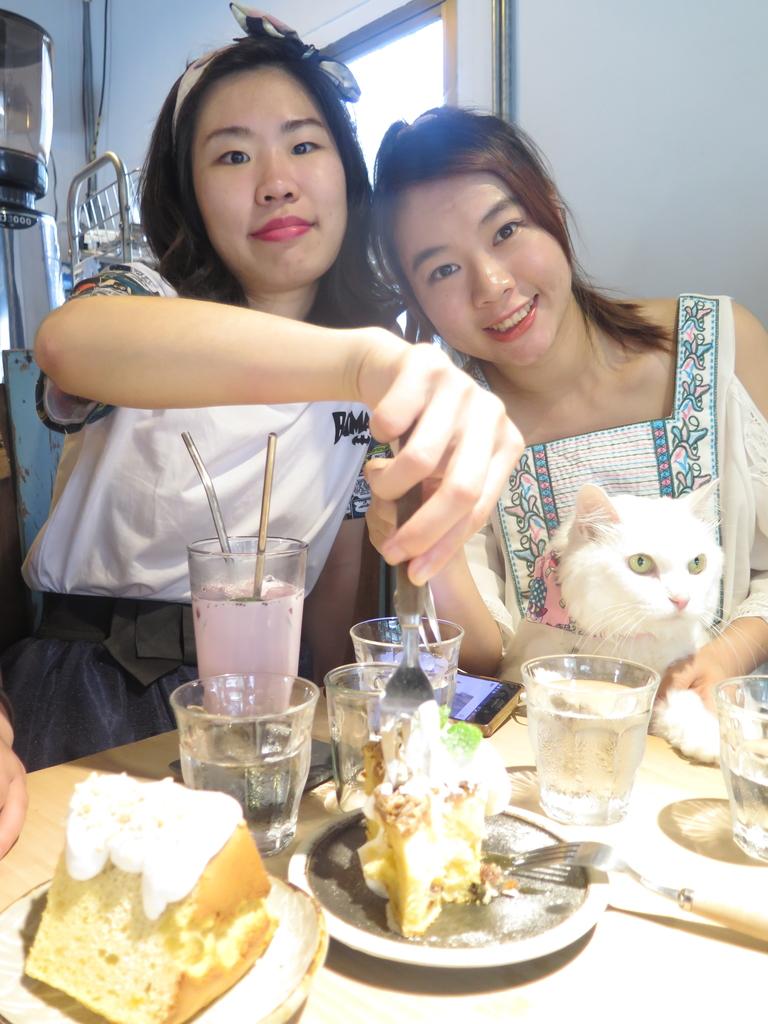 IMG_7905.JPG - 【花蓮】必吃甜點吉安慶修院旁。惦惦甜點推蘋果奶酥蛋糕&檸檬生乳酪蛋糕