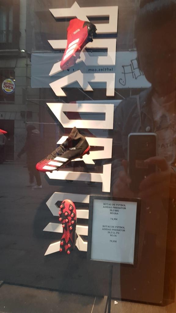 133587.jpg - 【西班牙】2020馬德里太陽門廣場散散步。Meson del champinon很棒的餐廳值得推薦