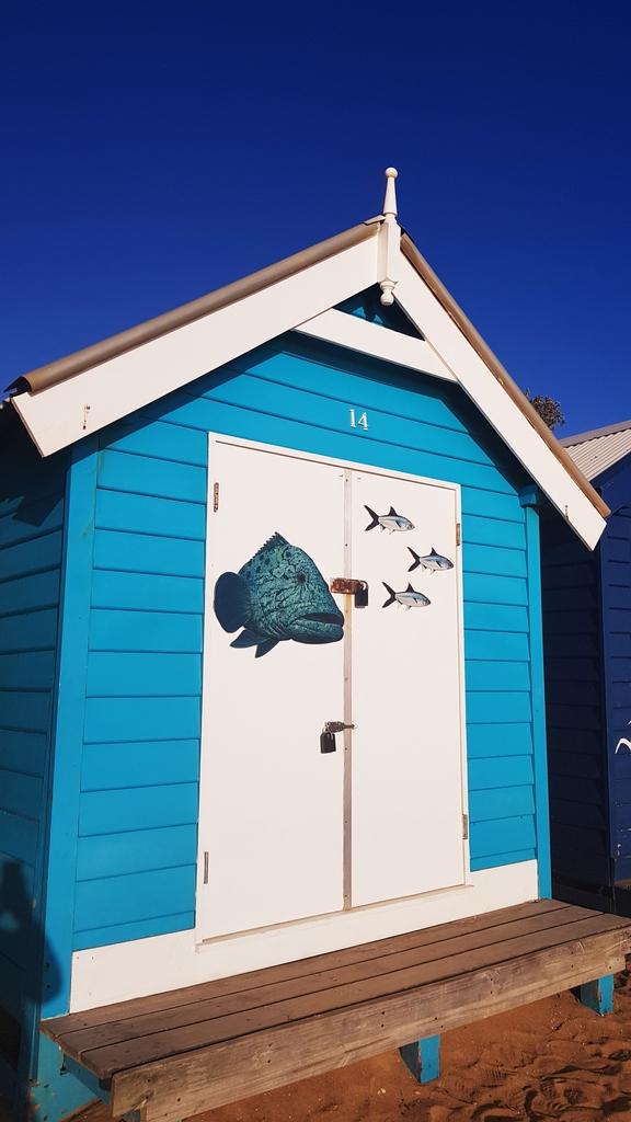 20190213_191949.jpg - 【澳洲.墨爾本】2019免費景點。Brighton Beach Bath Boxes 海邊彩色小屋