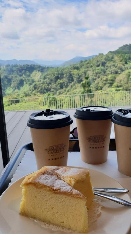 158763.jpg - 【南投.魚池鄉】鹿篙咖啡。被群山環繞的咖啡廳。咖啡好喝蛋糕好吃
