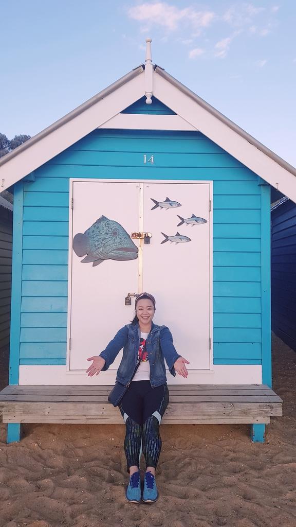 20190213_195340.jpg - 【澳洲.墨爾本】2019免費景點。Brighton Beach Bath Boxes 海邊彩色小屋