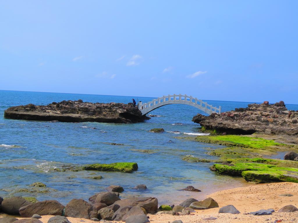 【台北】北海岸石門洞景點。美麗的貝殼砂海灘。熱門觀看夕陽&潮間帶景點:IMG_9691.JPG