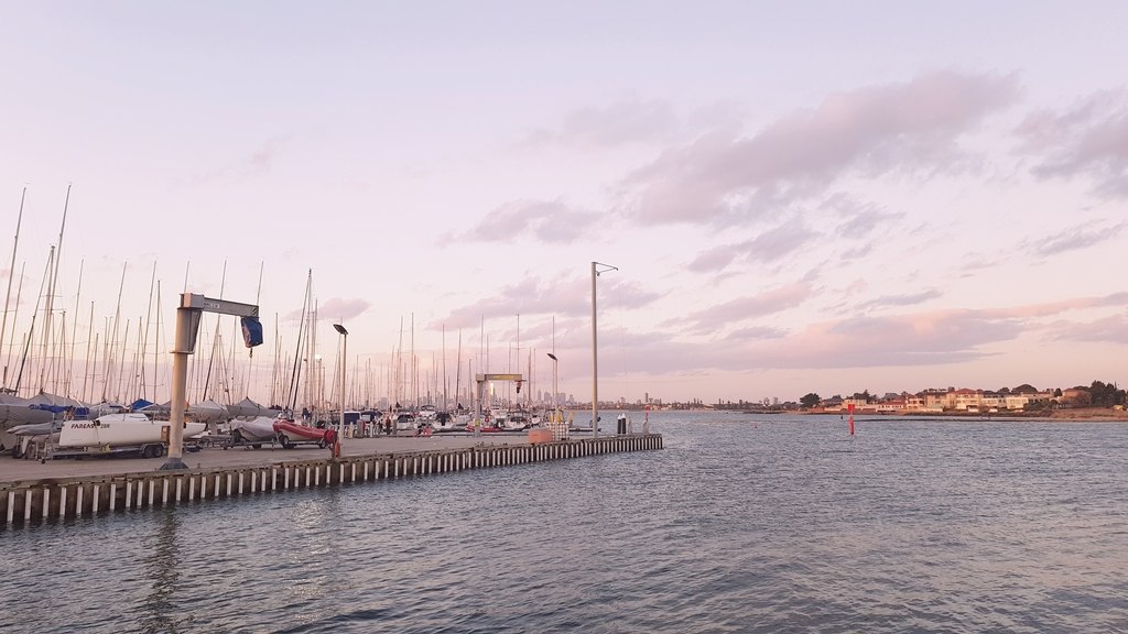 20190213_201419.jpg - 【澳洲.墨爾本】2019免費景點。Brighton Beach Bath Boxes 海邊彩色小屋