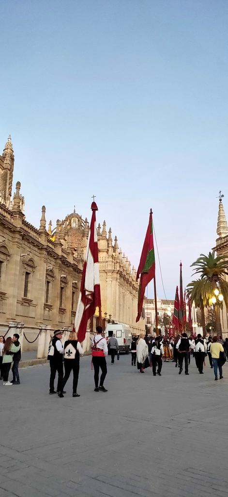 IMG20190121082536.jpg - 【西班牙.賽維亞】2020Sevilla西班牙廣場划10歐小船不限時間。假日觀賞佛朗明哥街頭藝人表演