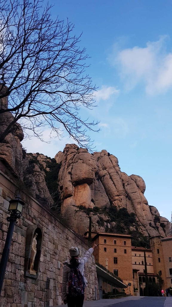 133477.jpg - 【西班牙】2020巴塞隆納近郊。開車一個小時蒙特塞拉特山修道院散散步