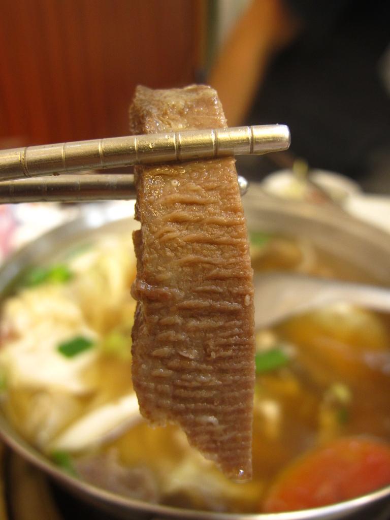 【台南】媲美一客五千元牛排的美味。仁德阿裕牛肉湯:IMG_9737.JPG