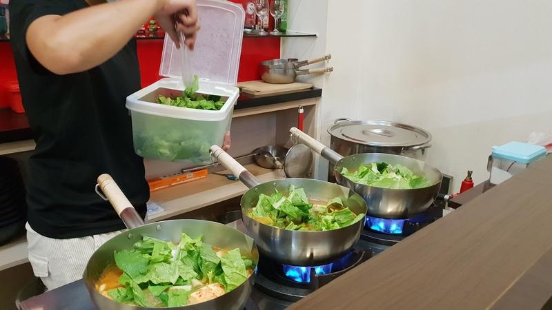 147173.jpg - 【中和.永和】午餐.晚餐推薦。好鍋燒烏龍麵。推泡菜牛肉鍋燒烏龍麵。蔬果熬製的好湯頭等你來品嘗
