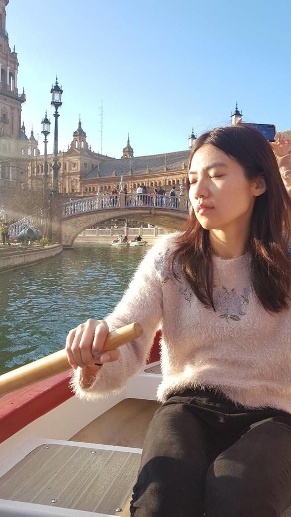 133249.jpg - 【西班牙.賽維亞】2020Sevilla西班牙廣場划10歐小船不限時間。假日觀賞佛朗明哥街頭藝人表演
