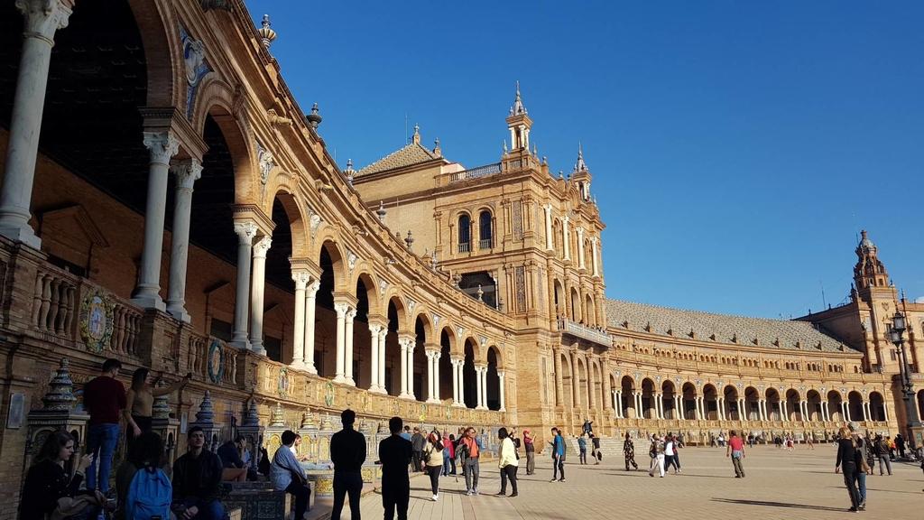 133169.jpg - 【西班牙.賽維亞】2020Sevilla西班牙廣場划10歐小船不限時間。假日觀賞佛朗明哥街頭藝人表演