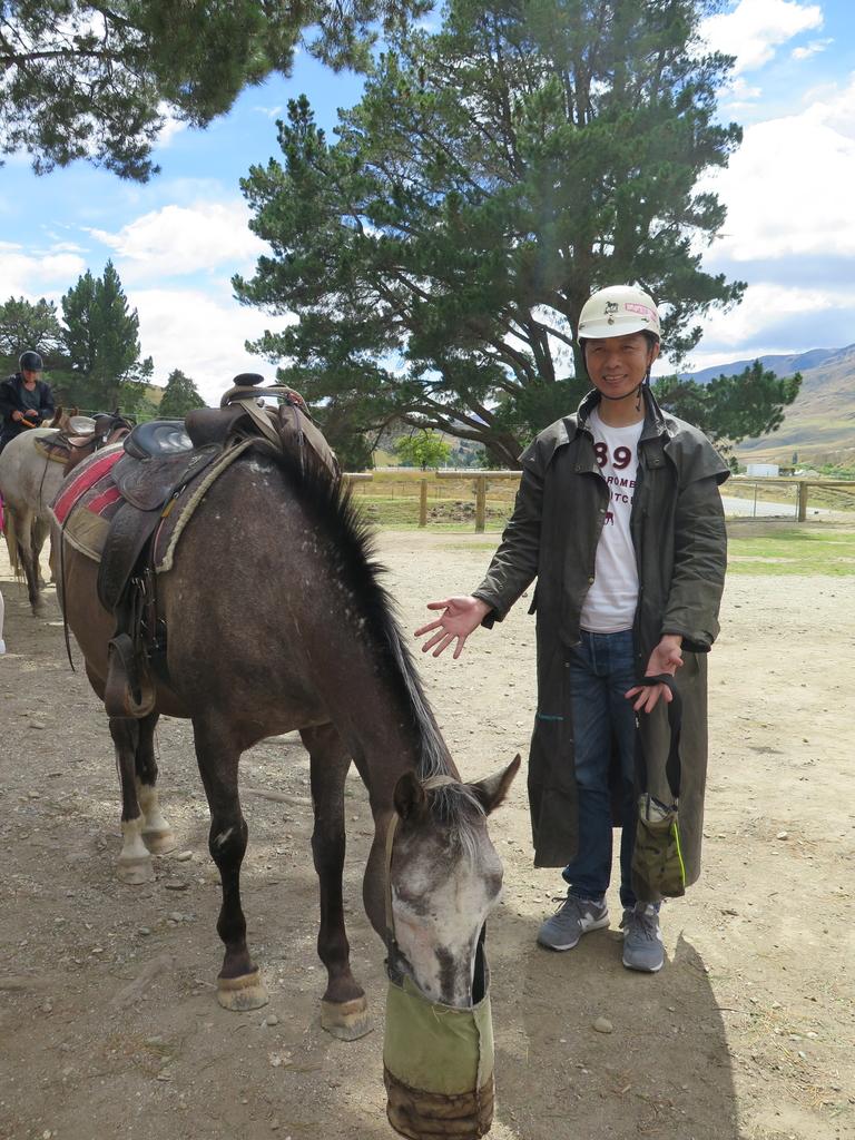 IMG_6599.JPG - 【紐西蘭.南島】2017騎馬體驗。Wanaka。MTCARDRONA STATION教練超美