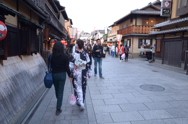 DSC_1057.JPG - 20160406-和櫻和服體驗、清水寺、祇園夜櫻
