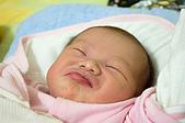 家裡的第一個小天使:DSC_0079.jpg