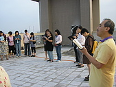 2009-6-6清晨登陸禱告會:5-6時--擘餅升旗 (30).jpg