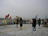 2009-6-6清晨登陸禱告會:5-6時--擘餅升旗 (34)--揚起旌旗.jpg