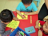 2010-5-2兒童製作母親卡:102_0486.jpg