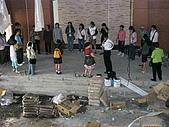 2009-6-6清晨登陸禱告會:6-7時--敬拜讚美 (15)--親子室俯瞰.jpg