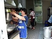 2010-8-15主日廚房(愛宴):990815主日 036.jpg