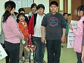 2010-4-4兒童、少年社區發彩蛋:102_0421.jpg