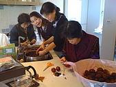 2009復活節彩蛋製作:015完成--洗蛋 (1).jpg