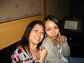 公司聚餐番外篇之好樂迪{2007-9-14}:& 姐姐{姐~你的黑眼圈@@}