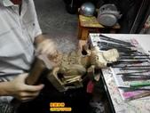 神像雕刻:神像雕刻~牛樟木尺3關聖帝君 (1).JPG