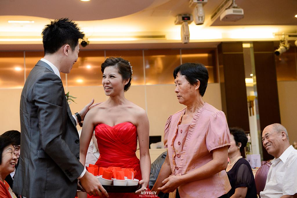 [婚禮記錄] 20130706 - Aska & Nikki 晶宴會館 [新竹婚攝]:20130706-0347.jpg